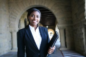 clearing-the-bar-4-tips-to-help-you-get-into-and-survive-law-school